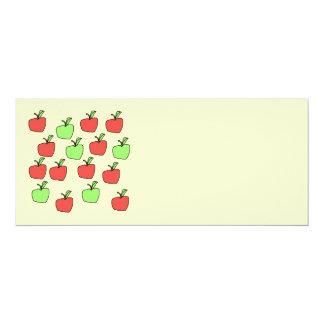 Manzanas rojas y manzanas verdes, modelo, en la comunicados personalizados