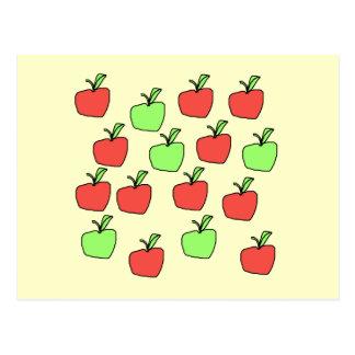 Manzanas rojas y manzanas verdes, modelo, en la postal