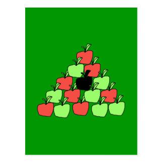 Manzanas rojas y verdes. Bolas de piscina, triángu Postal