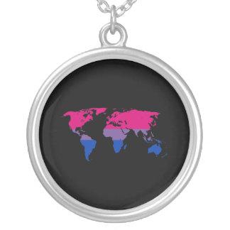 Mapa del mundo del orgullo del Bisexuality Collar Plateado