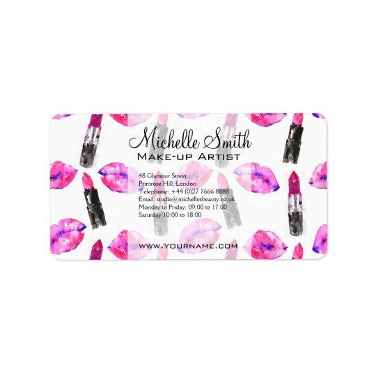 Maquillaje rosado del modelo del lápiz labial de etiquetas de dirección