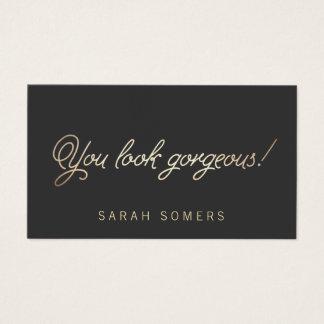 Maquillaje y belleza de la escritura del oro del tarjeta de visita