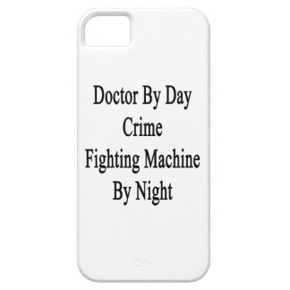 Máquina del doctor By Day Crime Fighting por noche iPhone 5 Case-Mate Fundas