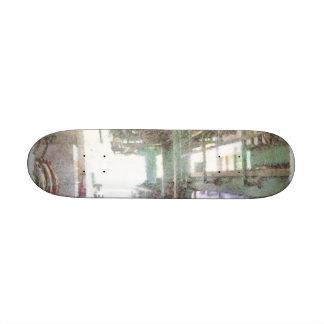 Maquinaria en una fábrica patin personalizado