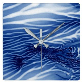 Mar azul abstracto reloj cuadrado