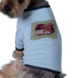 Marco de la plantilla de la arena de la playa camiseta de mascota