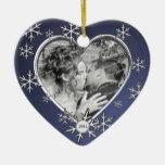 Marco del copo de nieve de dos corazones ornamente de reyes