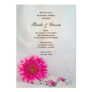 Margarita rosada y botones que casan la cena del invitación 12,7 x 17,8 cm