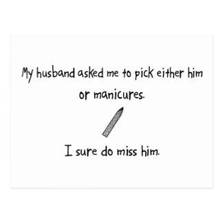 Marido o manicuras de la selección tarjeta postal