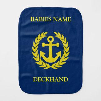 Marinero con el ancla del barco paños de bebé