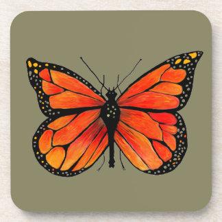 Mariposa de monarca en el sistema de prácticos de posavasos