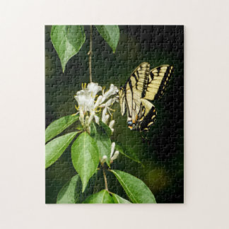 Mariposa de Swallowtail del tigre en rompecabezas