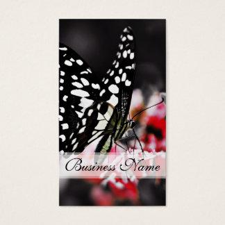 Mariposa en la flor roja tarjeta de negocios