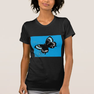 Mariposa en la turquesa camisetas