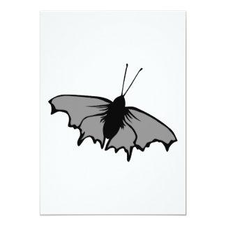 Mariposa monocromática comunicados personalizados