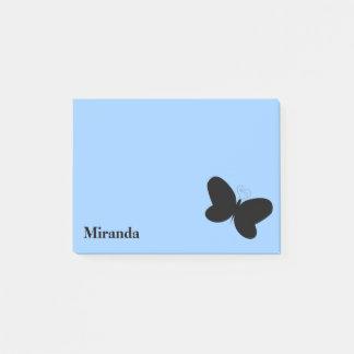 Mariposa personalizada en nota de post-it de los