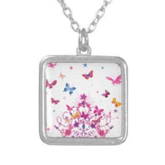 Mariposa preciosa del infinito colgante cuadrado