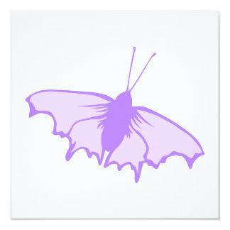 Mariposa púrpura invitación 13,3 cm x 13,3cm