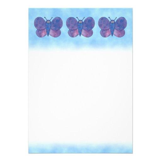 Mariposa púrpura invitaciones personales