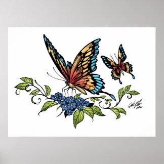 Mariposa y mariposas a todo color por el Al Río Póster