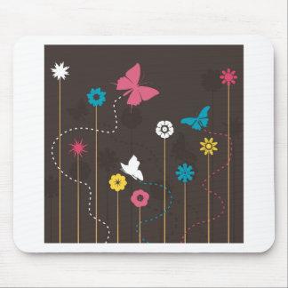 Mariposa y un flower3 alfombrilla de ratón
