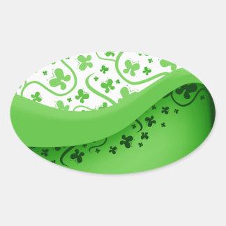 Mariposas abstractas verdes y blancas pegatina ovalada