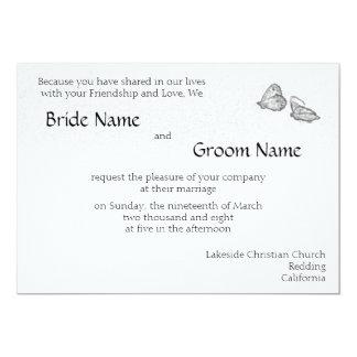 Mariposas blancos y negros que casan la invitación invitación 12,7 x 17,8 cm