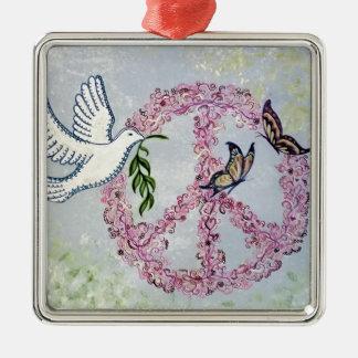 Mariposas de la paloma de la paz adorno navideño cuadrado de metal