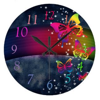 Mariposas de los arco iris n reloj redondo grande