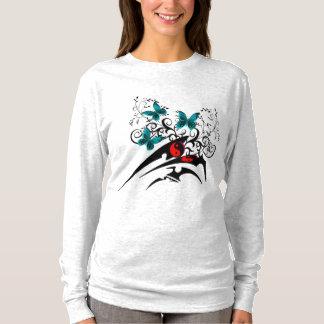 Mariposas tribales de Yin Yang, aguamarina Camiseta
