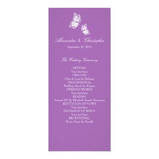 Mariposas violetas simples que casan programa invitación personalizada