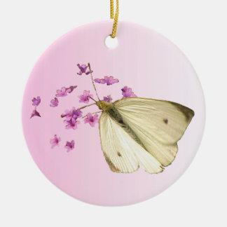 Mariposas y flores adorno redondo de cerámica
