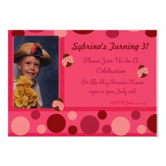 Mariquita e invitación rosada de los lunares