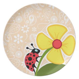 Mariquita en el color Paisley de la sopa de marisc Plato Para Fiesta