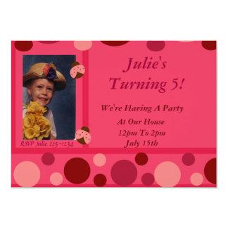 Mariquita y lunares rosados invitación 12,7 x 17,8 cm