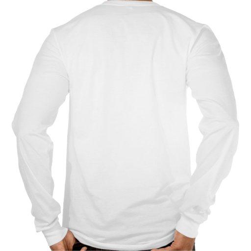 Mariscal de Guillermo que presenta la camisa