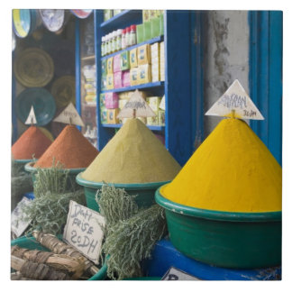MARRUECOS, costa atlántica, ESSAOUIRA: Mercado de  Azulejo Cuadrado Grande