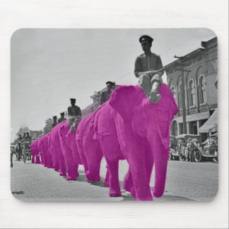 Marzo del elefante rosado circa circo de los años alfombrilla de ratón