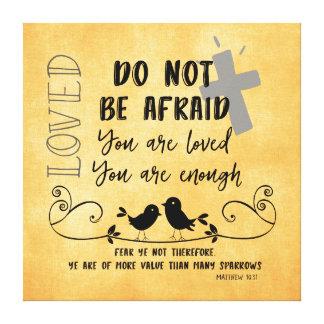 Más valor que verso y cita de la biblia de los impresión en lienzo