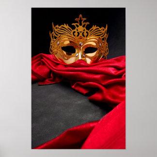 Máscara adornada para la mascarada en el terciopel póster