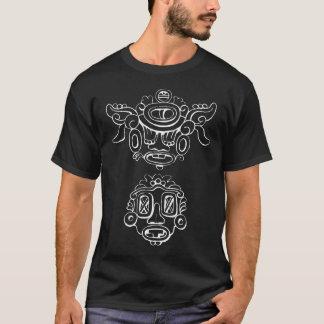 Máscaras de dios de la lluvia camiseta