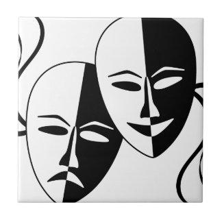 Máscaras del teatro tejas