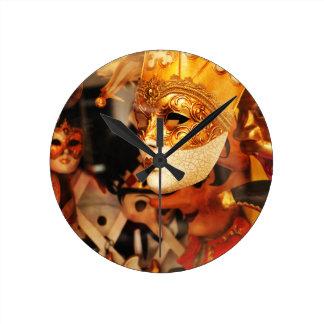 Máscaras venecianas reloj redondo mediano