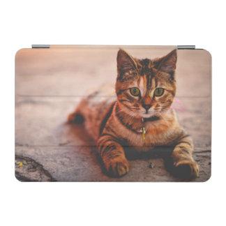 Mascota joven lindo del gatito del gatito del gato cubierta de iPad mini