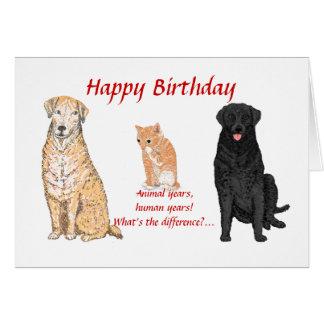 Mascotas en una tarjeta de cumpleaños