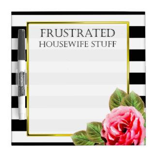 Materia frustrada divertida del ama de casa pizarra blanca