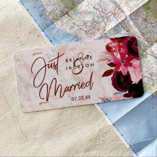 Matrícula Borgoña floral y oro color de rosa que se casa