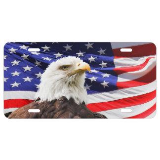 Matrícula Eagle calvo con la bandera americana