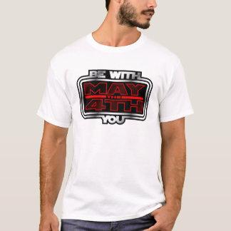 ¡Mayo el 4to esté con usted! Camiseta