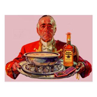 mayordomo 1937 con la bandeja y el whisky del boda postal